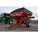 Unverferth 8250 grain cart, corner auger, 30.5L-32 diamond tread tires, lights, roll tarp, hyd