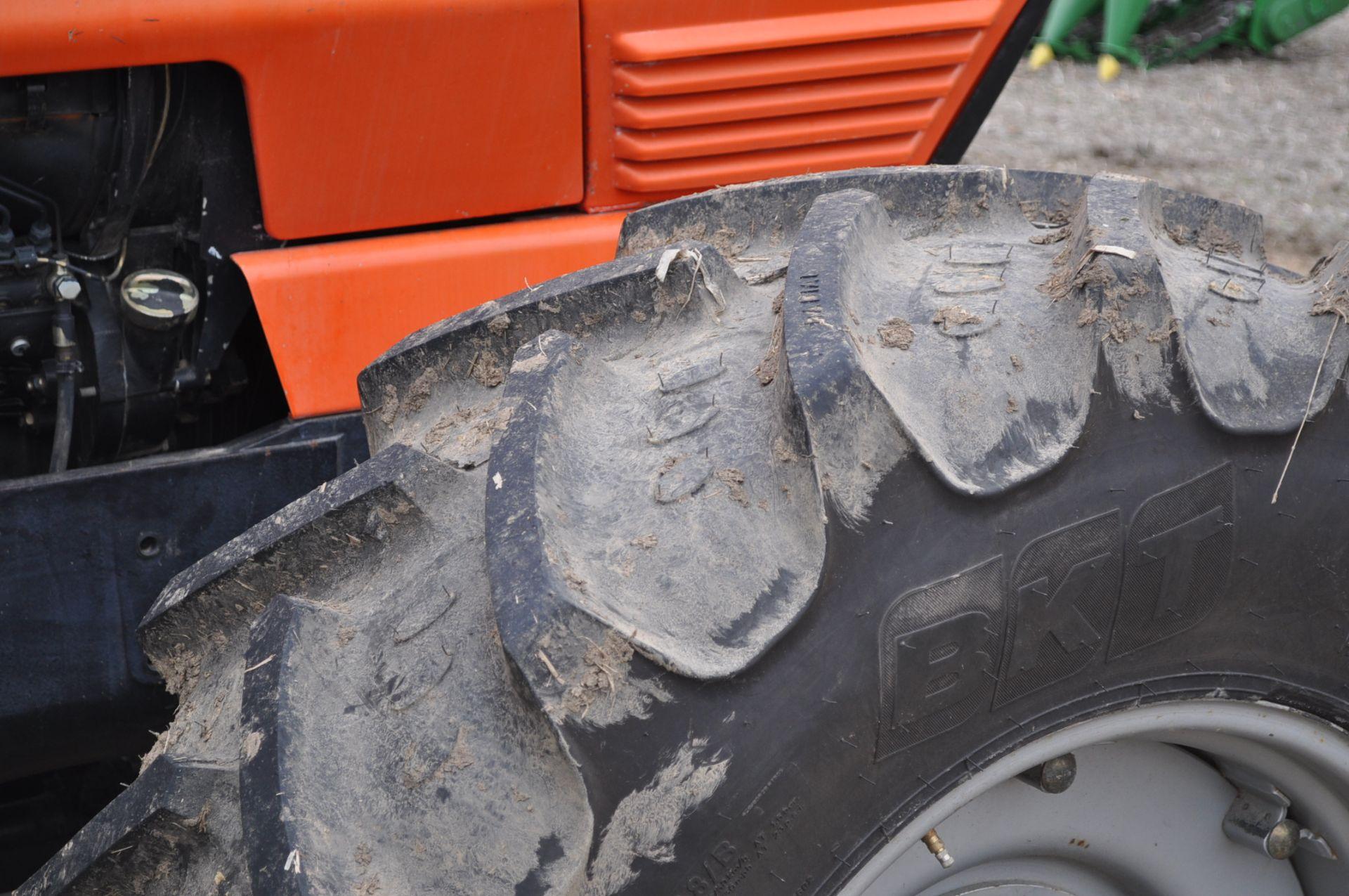 Deutz Allis 9150 tractor, MFWD, 18.4 R 42 duals, 420/85 R 28 tires, 6+3 speed range, 2 hyd - Image 9 of 20