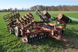 18' IH 475 disk, Vortex vertical till blades, 9.5L-14SL tires, flat-bar rolling basket, hyd fold