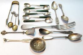Six teaspoons with nephrite handles, and various other similar items, 9oz gross, 292g.