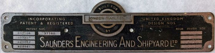 London Transport 1940s/50s RT bus BODYBUILDER'S PLATE for Saunders Engineering and Shipyard Ltd from