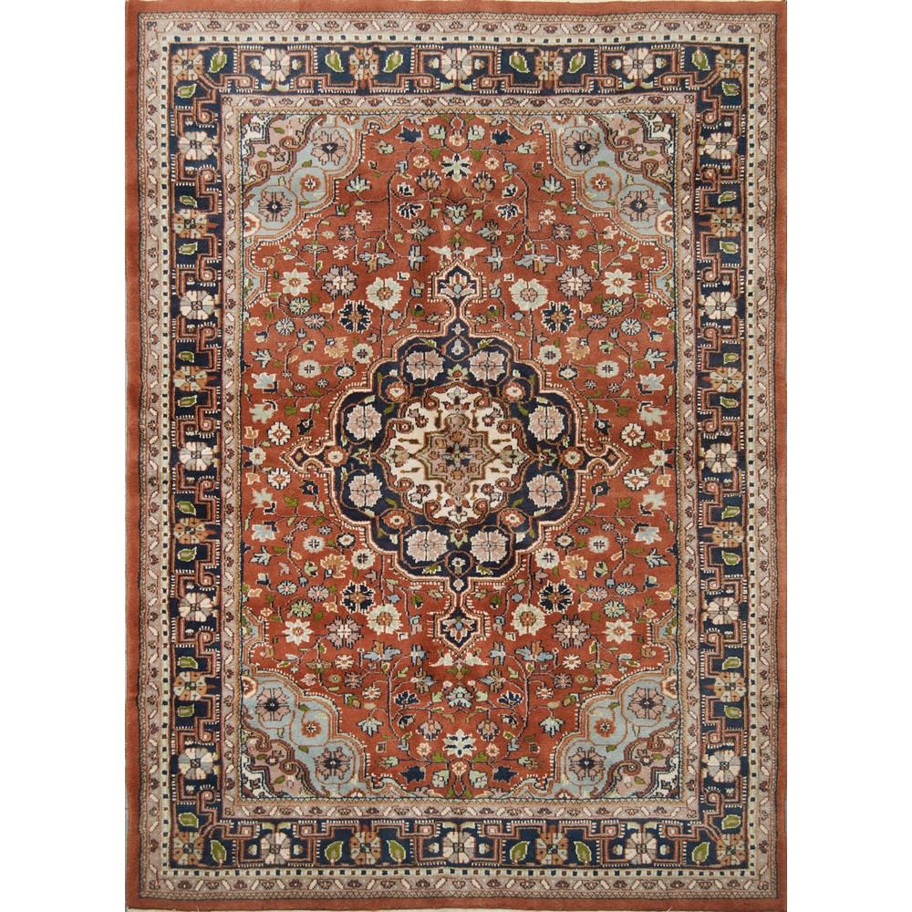 Lot 18 - TAPPETO Agra, trama e ordito in cotone, vello in lana. India XX secolo Misure: cm 178 x 129