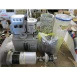 LOT - CHEN YING LUBRICATION PUMP, W/ ASSORTED AIR FILTERS