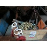 LOT - WOOD CRATE OF MISC RIGGING/LIFTING EQUIPMENT
