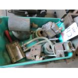 LOT - RIGHT ANGLE HEAD AND MACHINERY FIXTURES