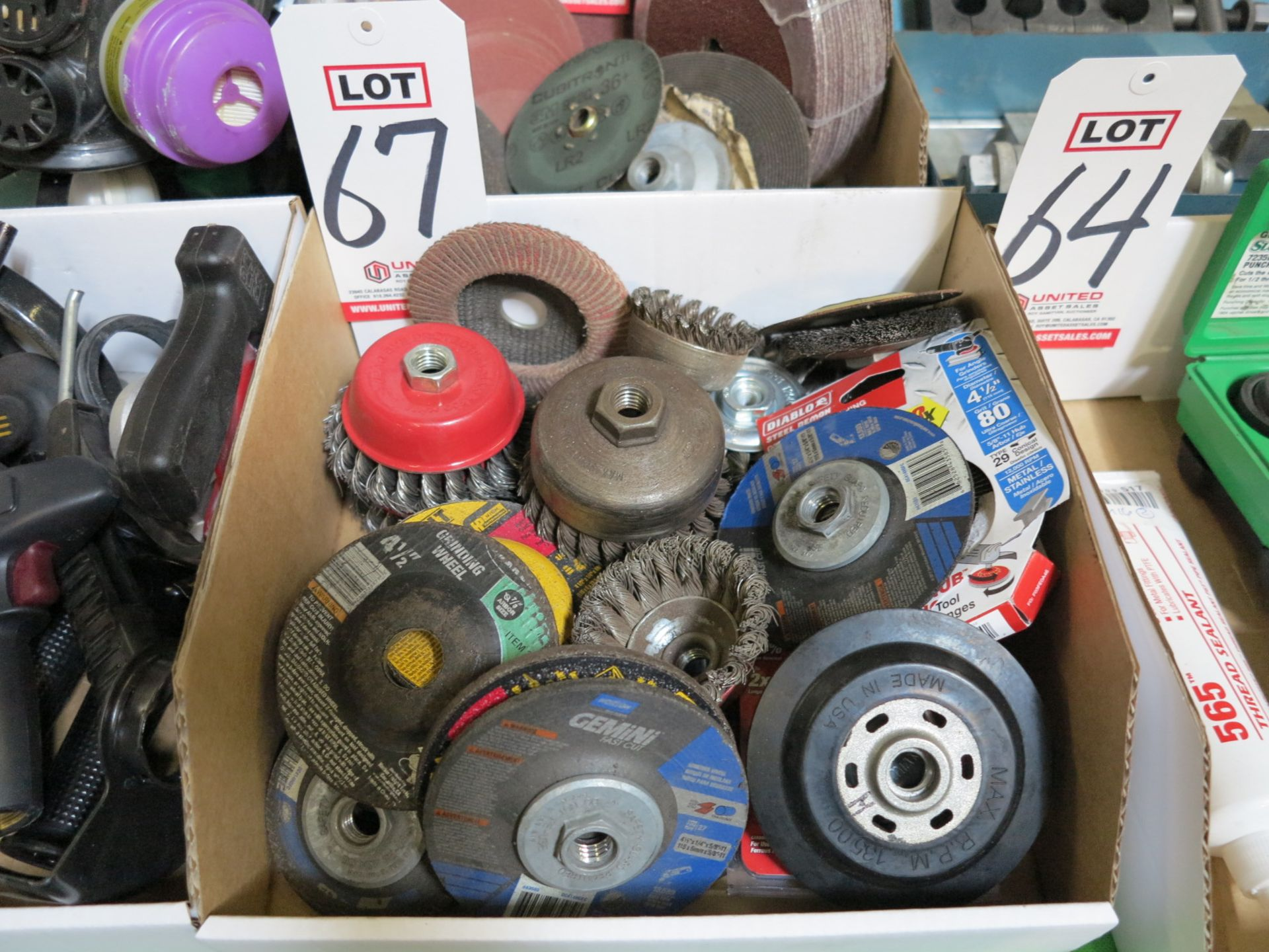 Lot 67 - LOT - ANGLE GRINDER GRINDING WHEELS AND CUP BRUSH WIRE WHEELS