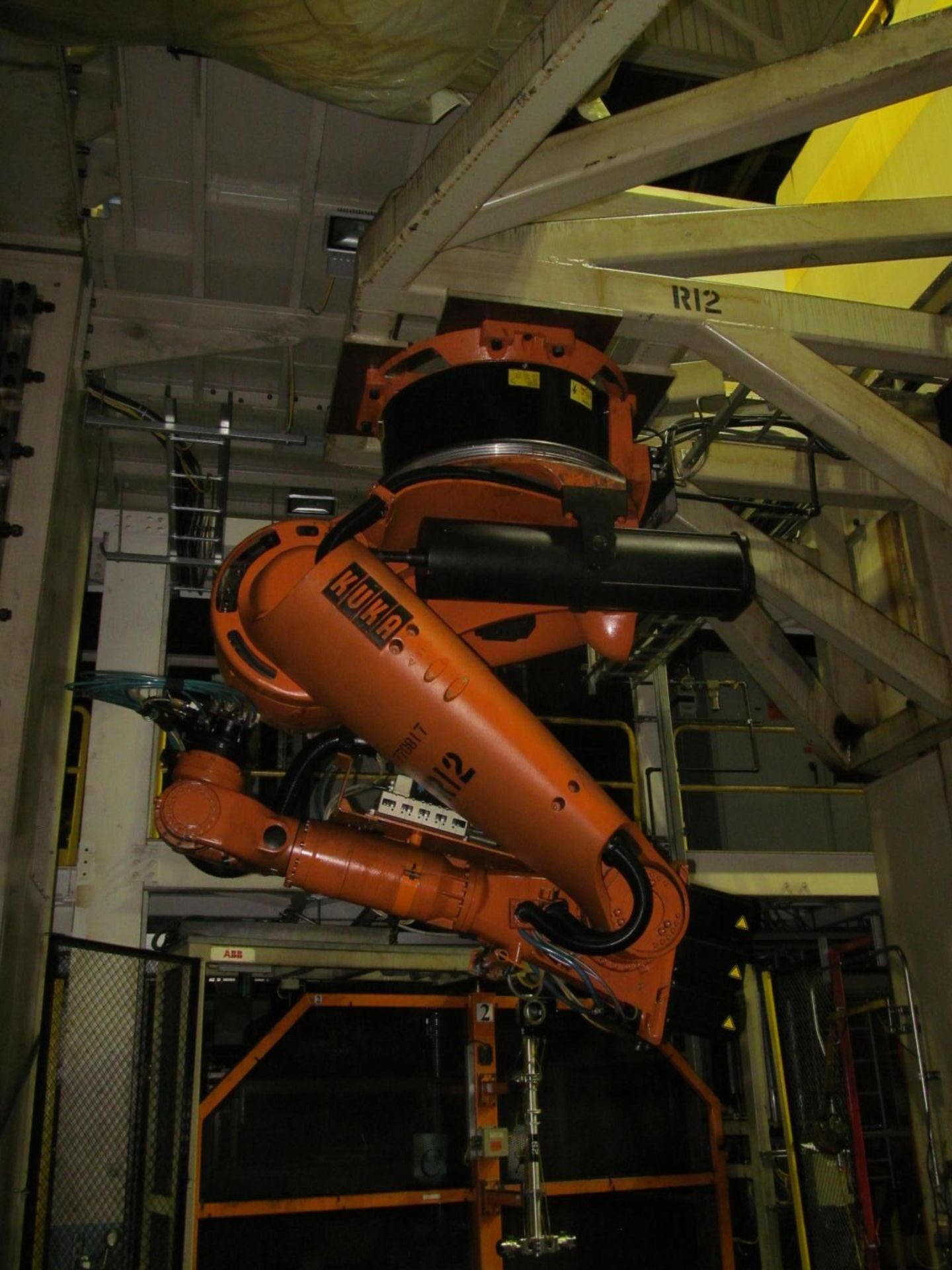 Lot 8 - 6-AXIS KUKA TRANSFER ROBOT w/ CONTROL & TEACH PAD, *PLEASE NOTE: SUBJECT TO SELLER CONFIRMATION*