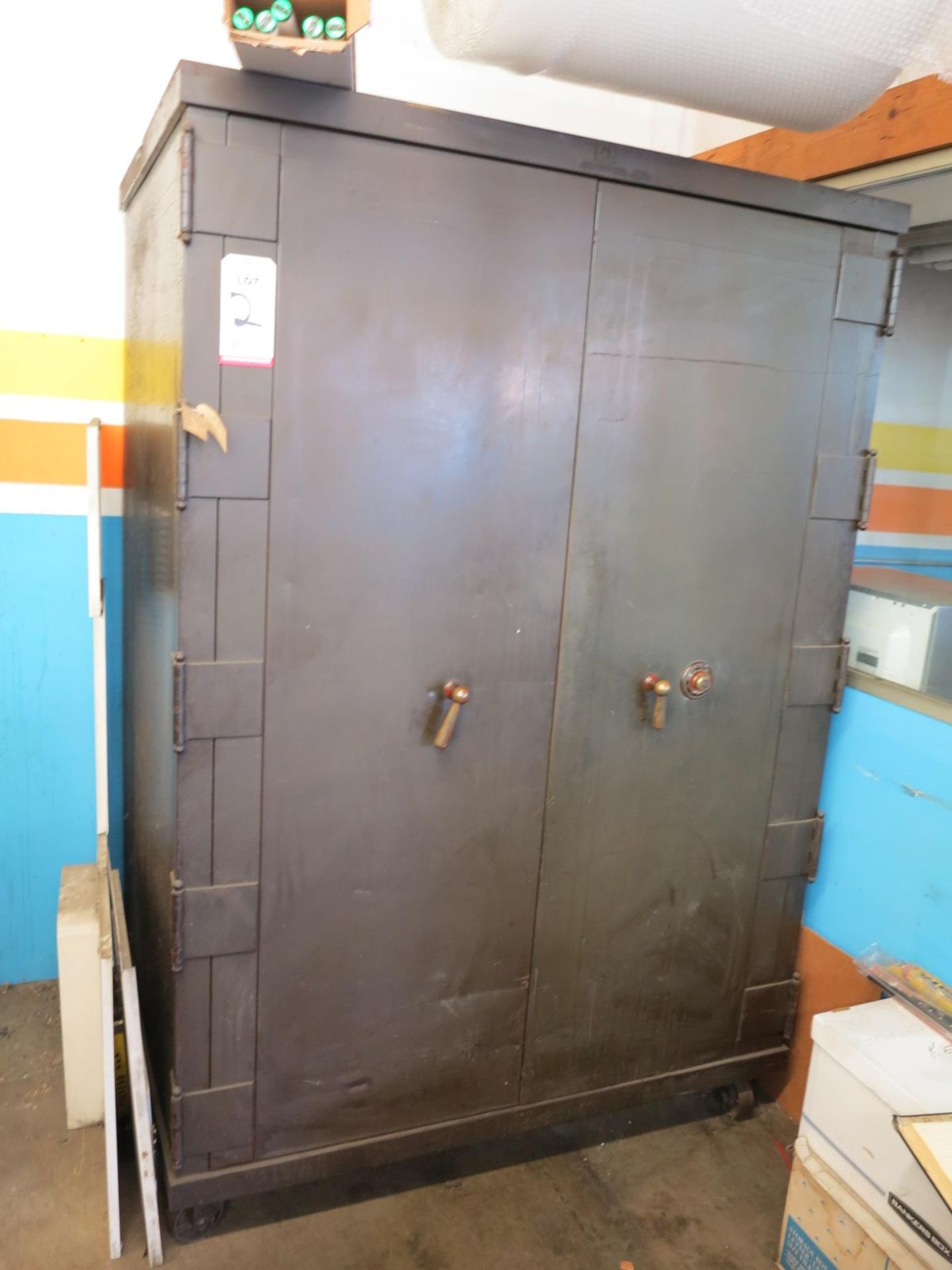 Lot 2 - 2-DOOR FLOOR SAFE ON STEEL CASTERS, W/ YALE COMBINATION DIAL LOCKING MECHANISM, OWNER WILL SUPPLY