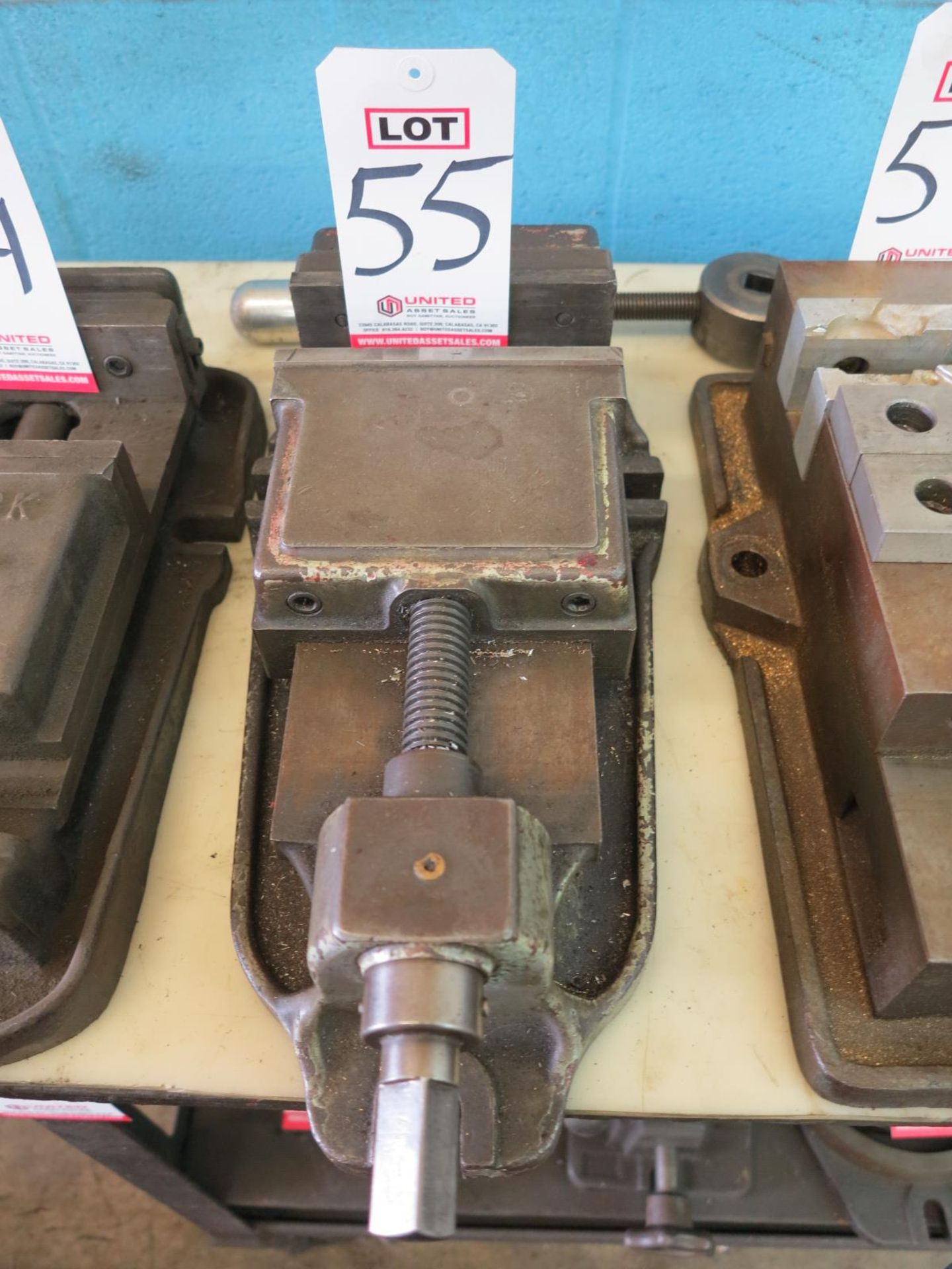 "Lot 55 - 6-1/4"" MACHINE VISE"