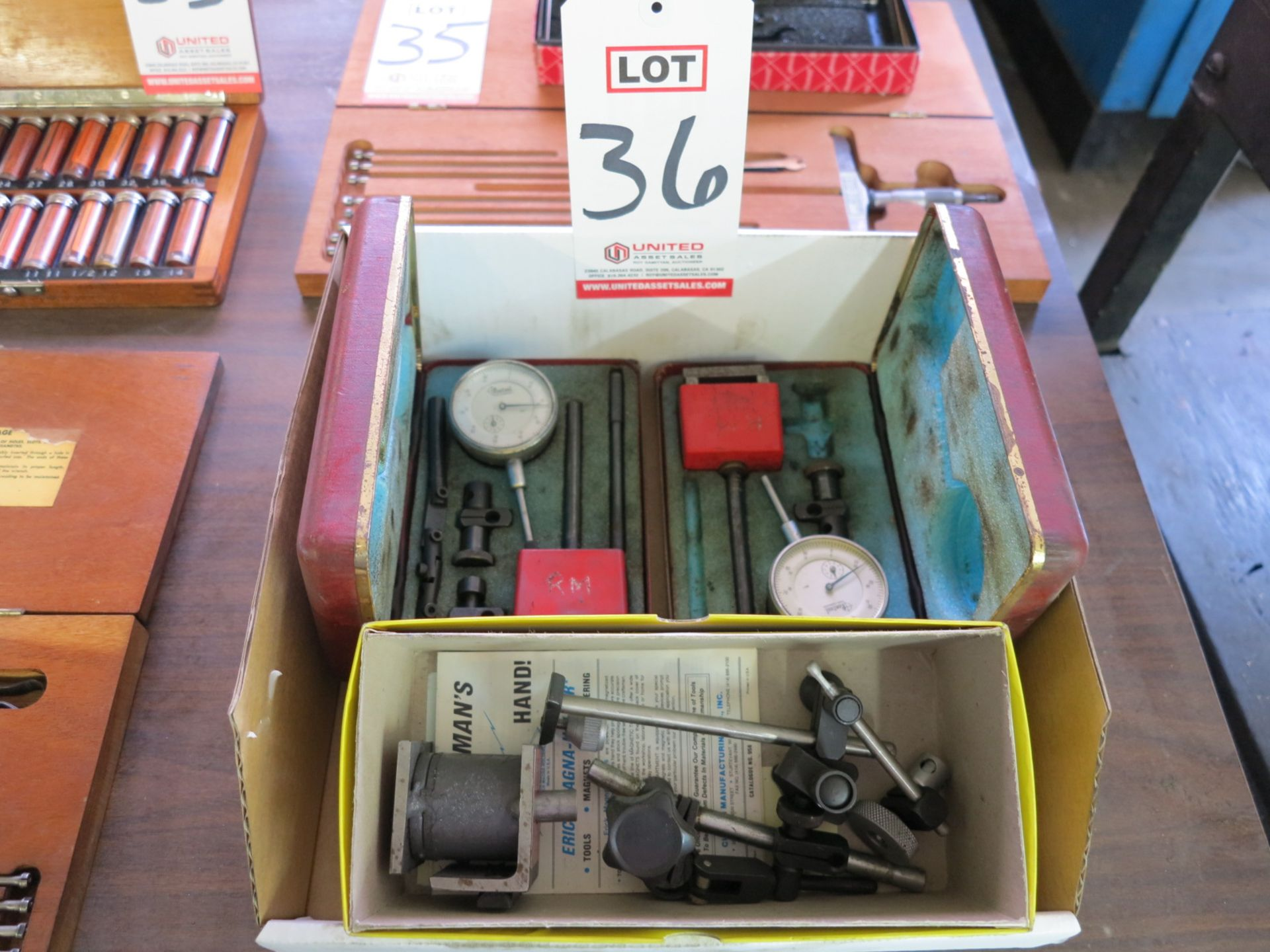 Lot 36 - LOT - MISC DIAL INDICATORS AND MAG BASE STANDS
