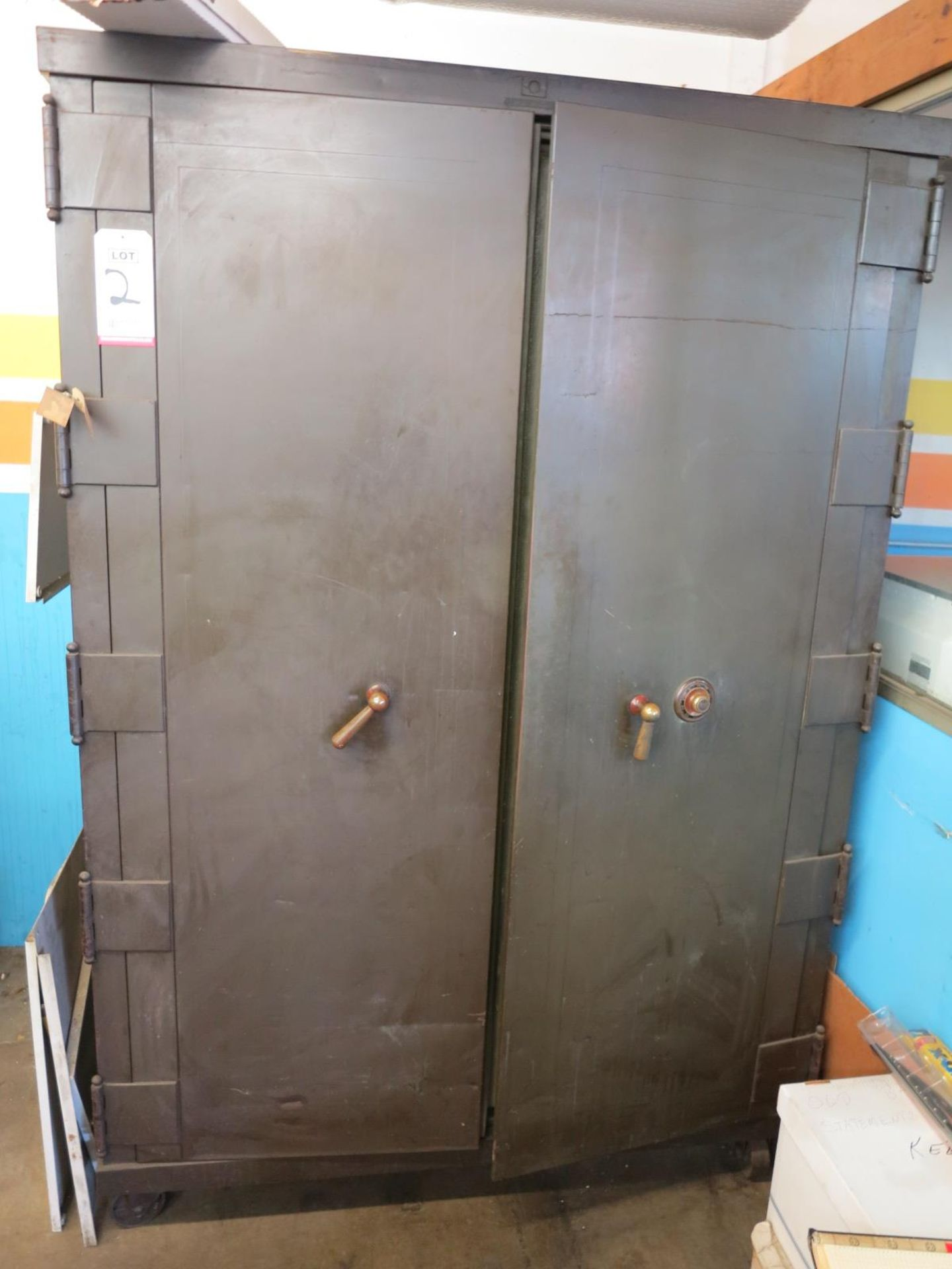 2-DOOR FLOOR SAFE ON STEEL CASTERS, W/ YALE COMBINATION DIAL LOCKING MECHANISM, OWNER WILL SUPPLY