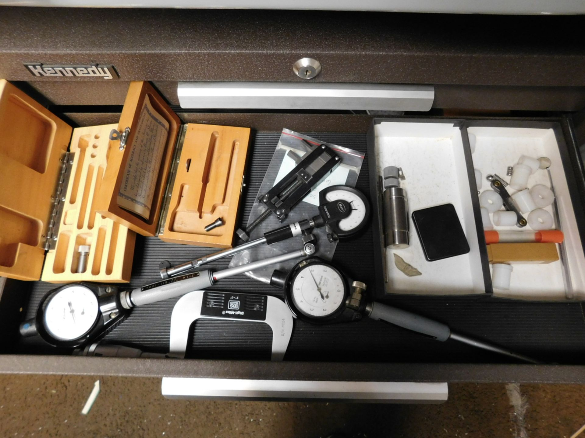 Lot 8 - LOT - KENNEDY 4-DRAWER TOOL BOX, W/ KEYS AND ALL CONTENTS, TO INCLUDE: MICROMETERS, DIAL GAGES,