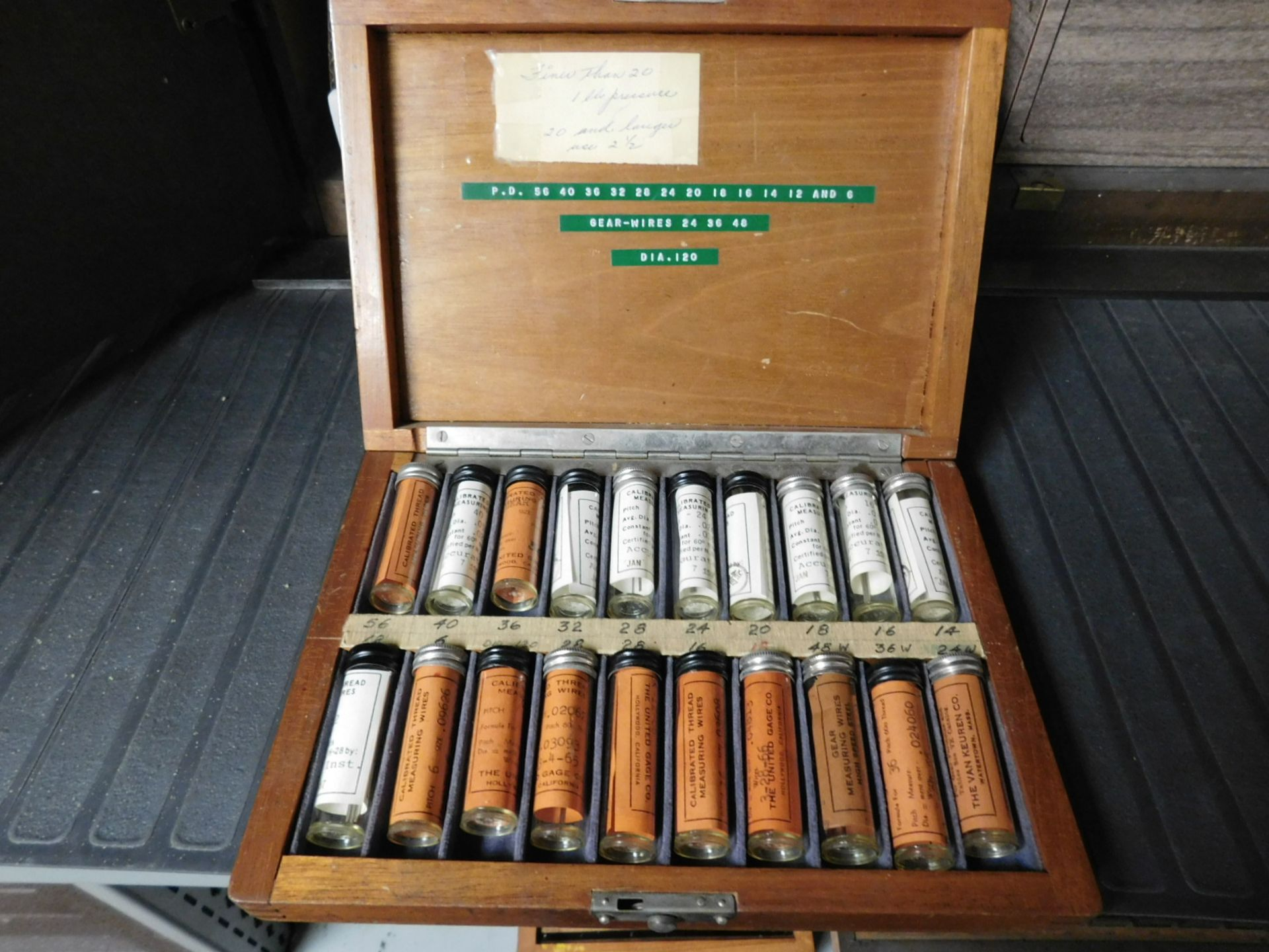 Lot 5 - LOT - PIN GAGE SETS AND THREAD MEASURING WIRES