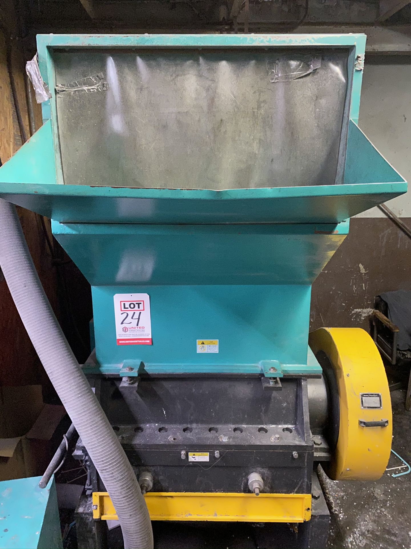 Lot 24 - PLASTICS TECHNOLOGIES GRANULATOR, MODEL RG-4680S-F, S/N 120503046