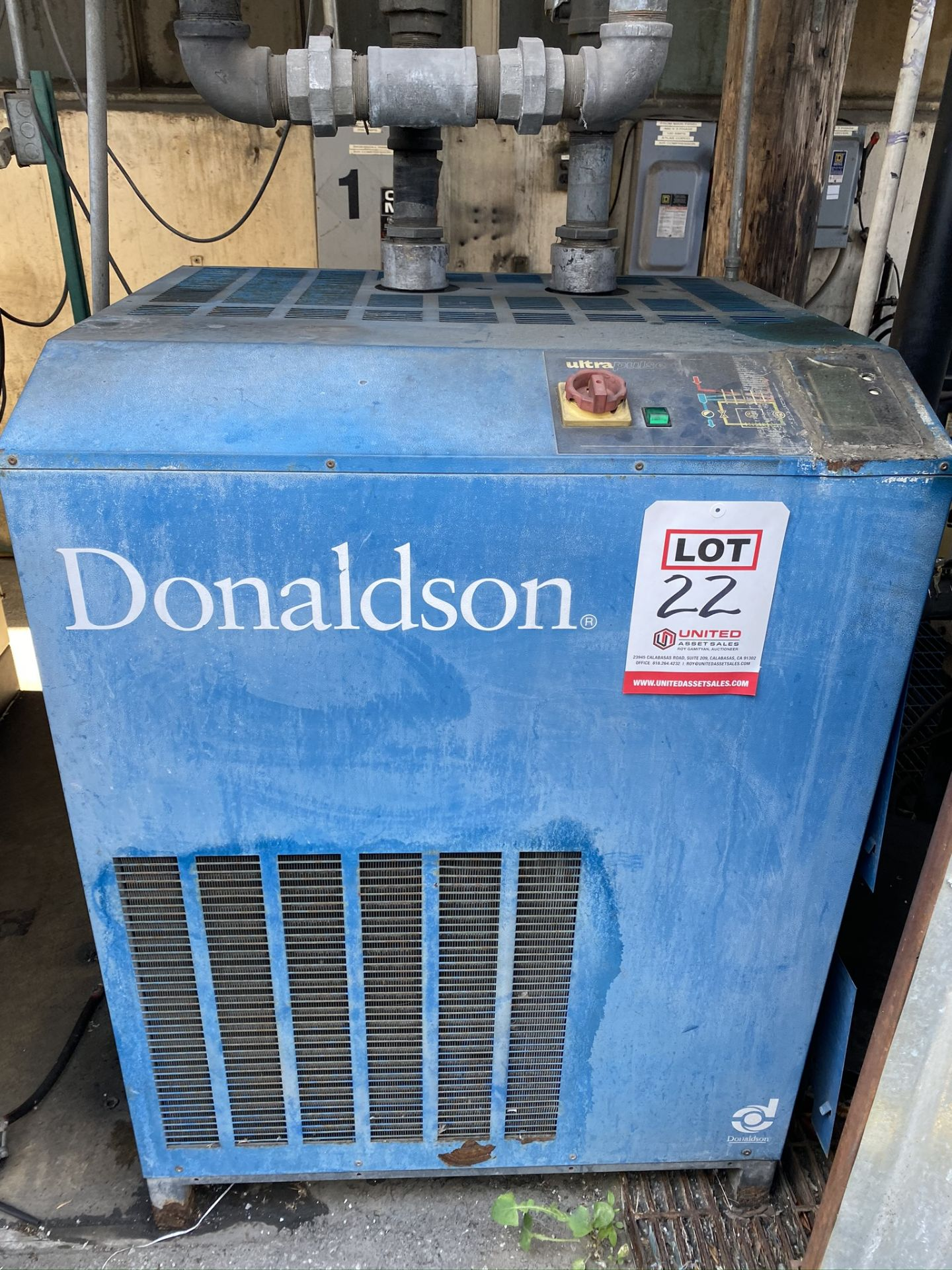 Lot 22 - DONALDSON ULTRA REFRIGERATED AIR DRYER