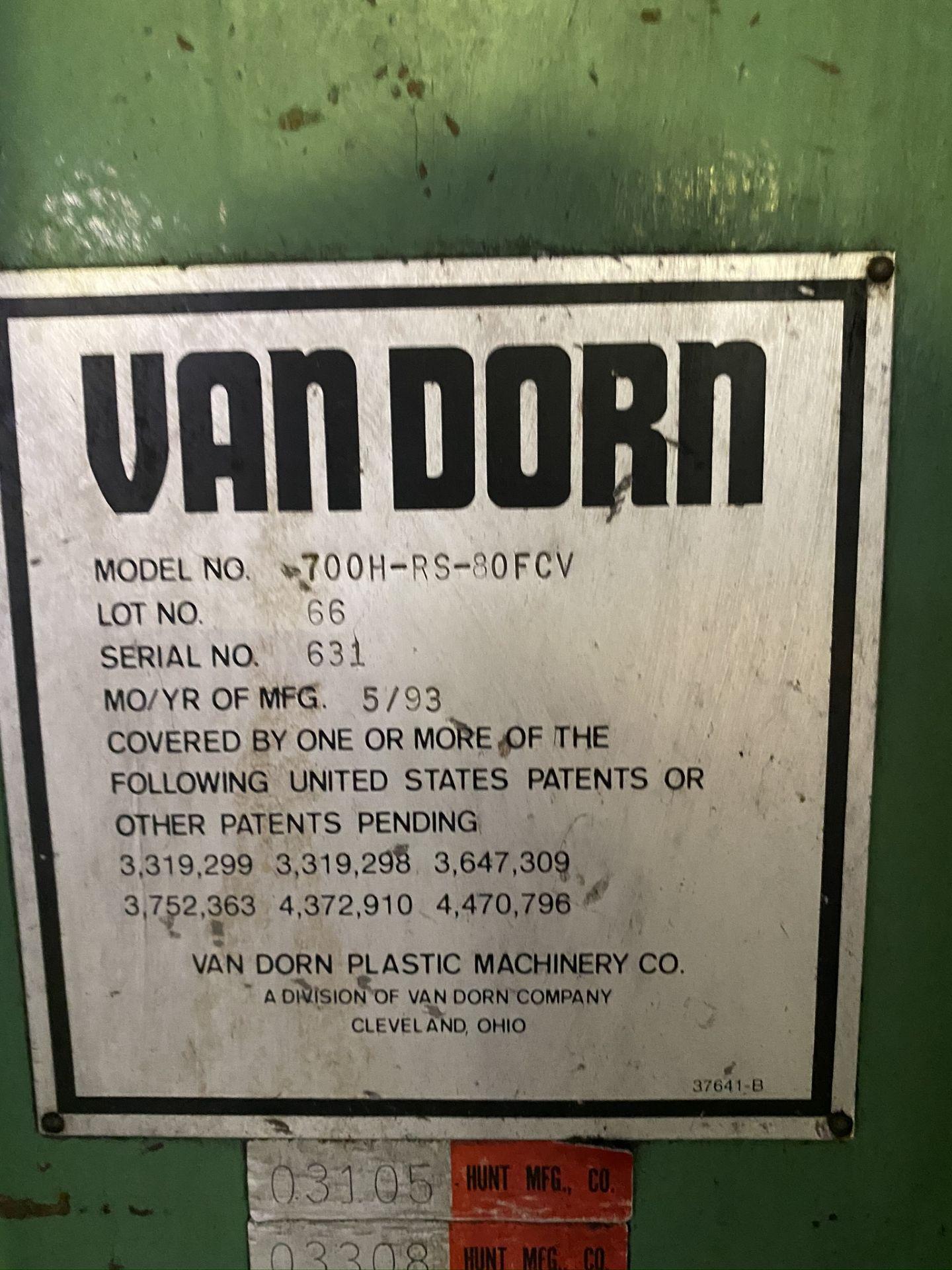 "Lot 10 - 1993 VAN DORN 700 TON, MODEL 700H-RS-80FCV, 80 OZ SHOT SIZE, 53"" X 53"" PLATENS"