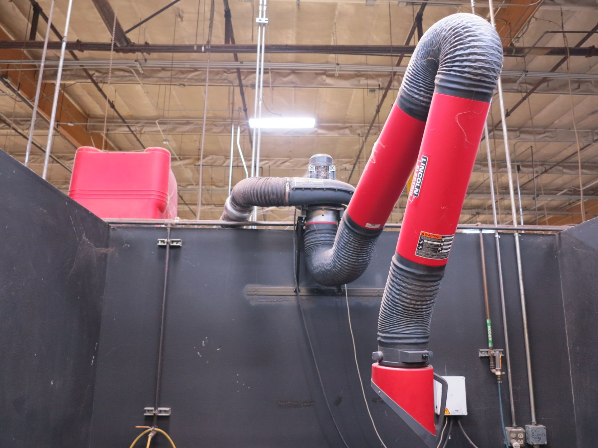 Lot 719 - LINCOLN ELECTRIC STATIFLEX 200-M FUME EXTRACTOR, (2) ARMS W/ BLOWERS