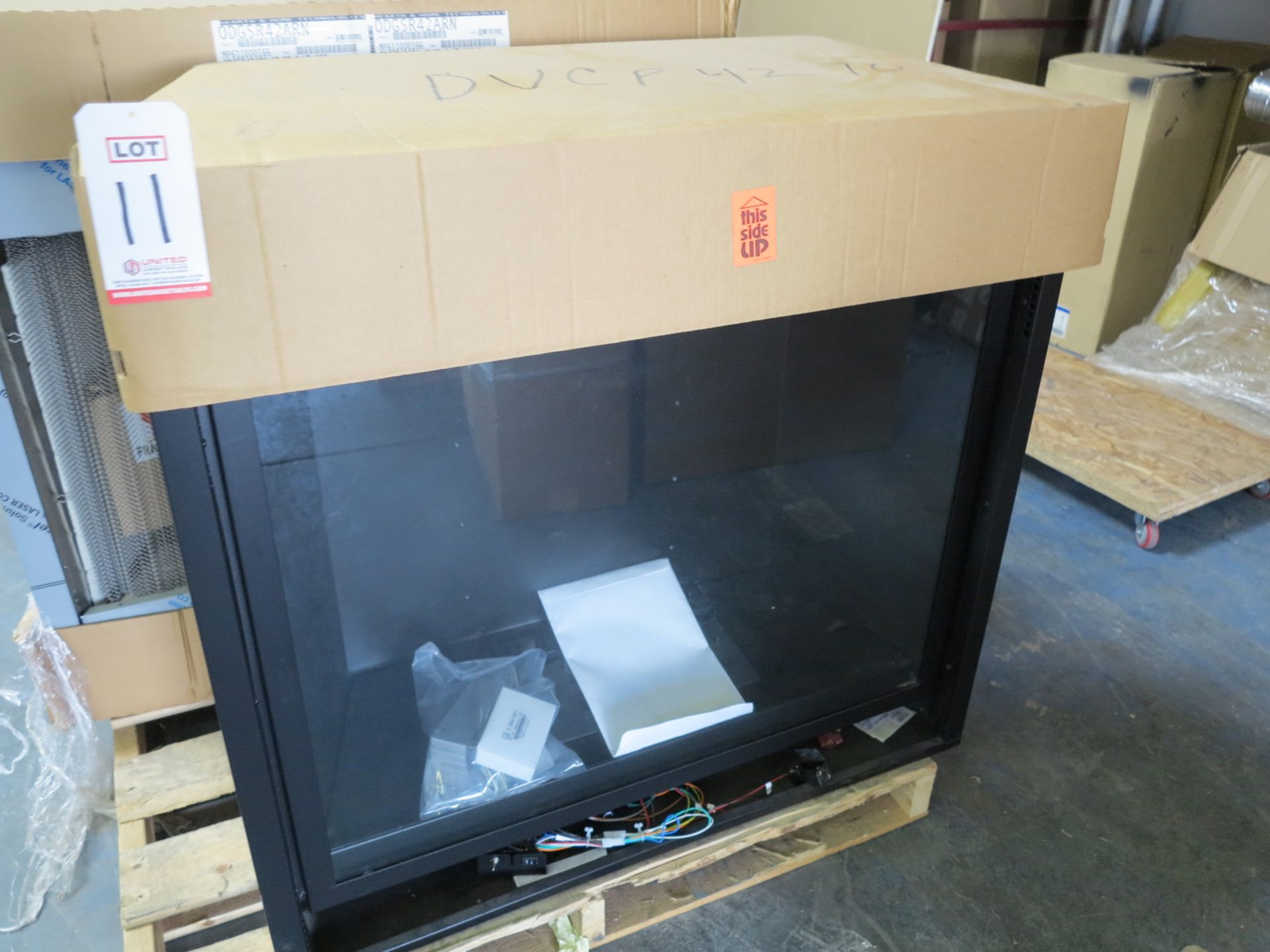 EMPIRE COMFORT GAS FIREPLACE INSERT, MODEL DVCP42BP70N-3 (MISSING PARTS)