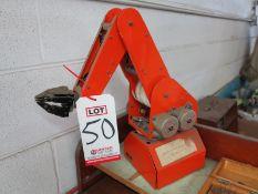 5-AXIS OLD SCHOOL ROBOT ARM