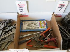 LOT - ASSORTED CLAMPS AND TAP & DIE SET