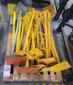 LOT - BARRICADES/STANCHIONS FOR ROPING OFF AUTOMATED MACHINES