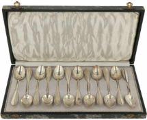 (12) Delig set koffielepeltjes zilver.