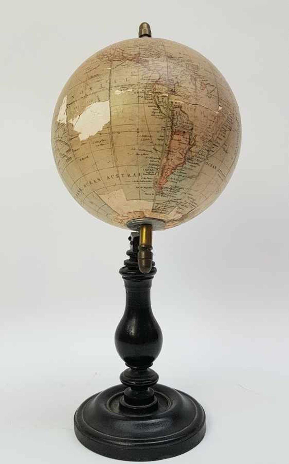 (Antiek) Globe, G. Thomas