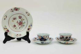 (Aziatica) Famille rose bord en Imari kop en schotels - China - 18e eeuw