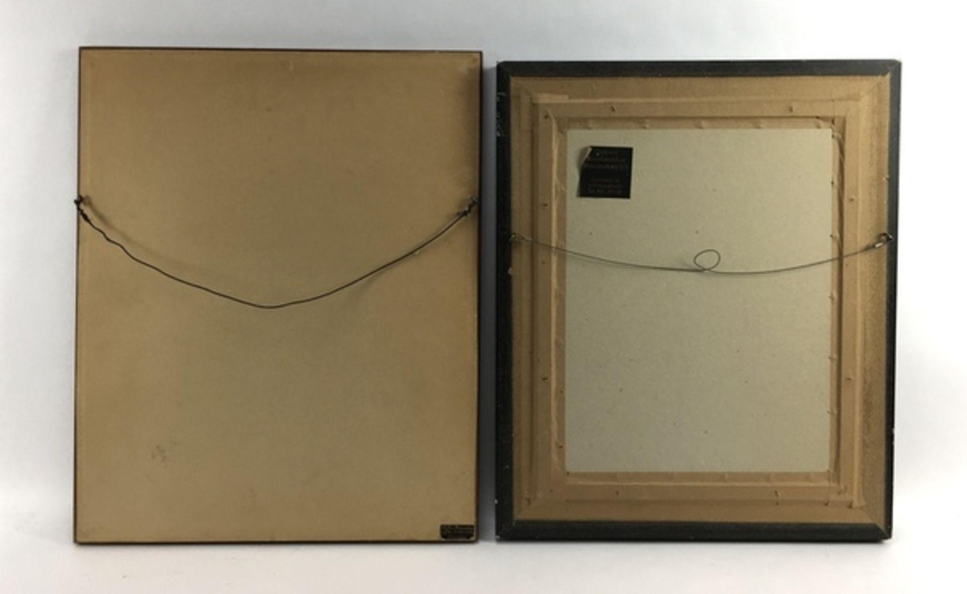 (Fotografie) PortrettenTwee ingelijste portretten, 1906. Conditie: In matige staat. Afmetingen: - Image 2 of 3