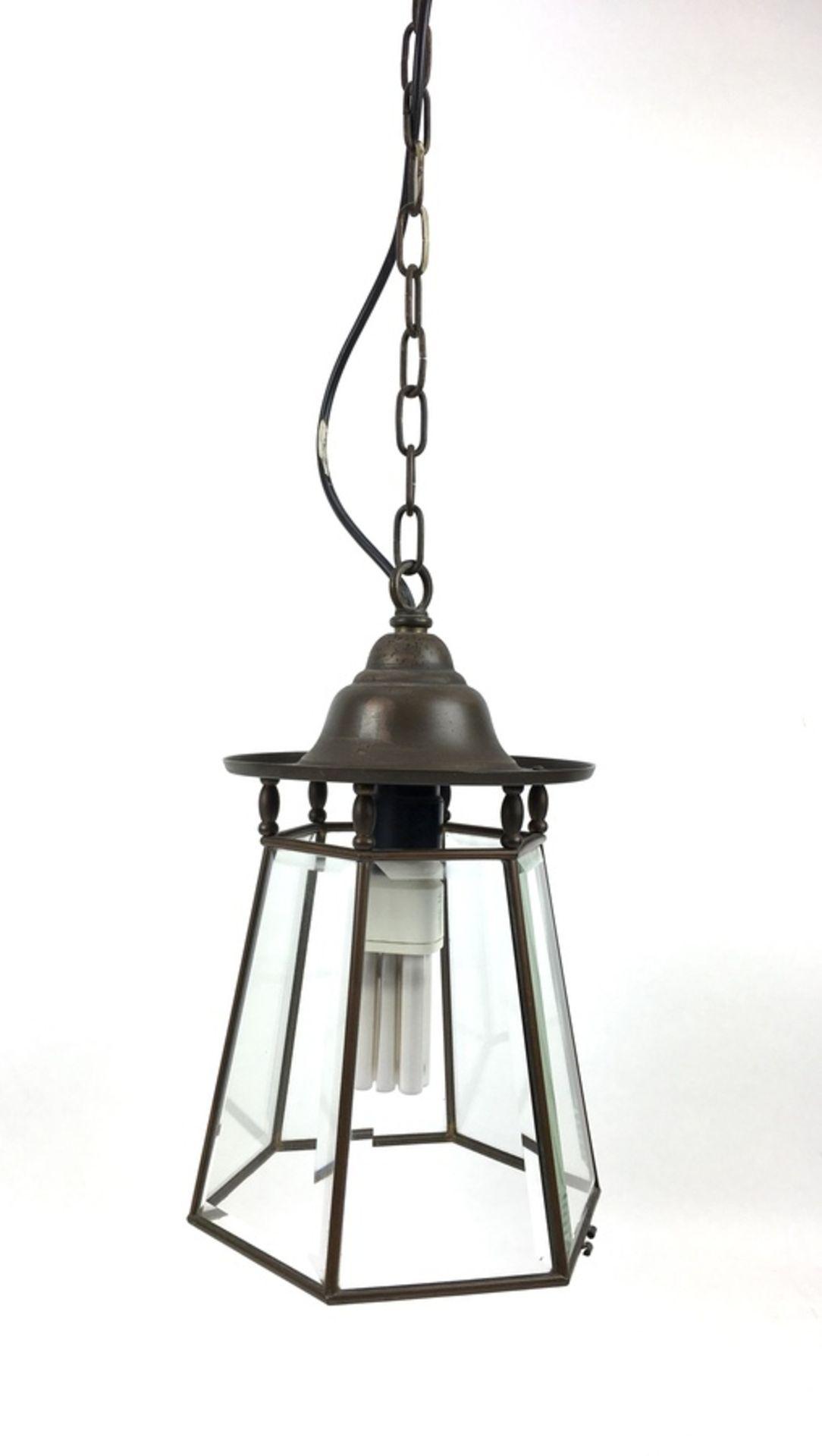 (Curiosa) HanglampZeskantige koper met geslepen glas hanglamp. Eerste helft 20e eeuw. Conditie:
