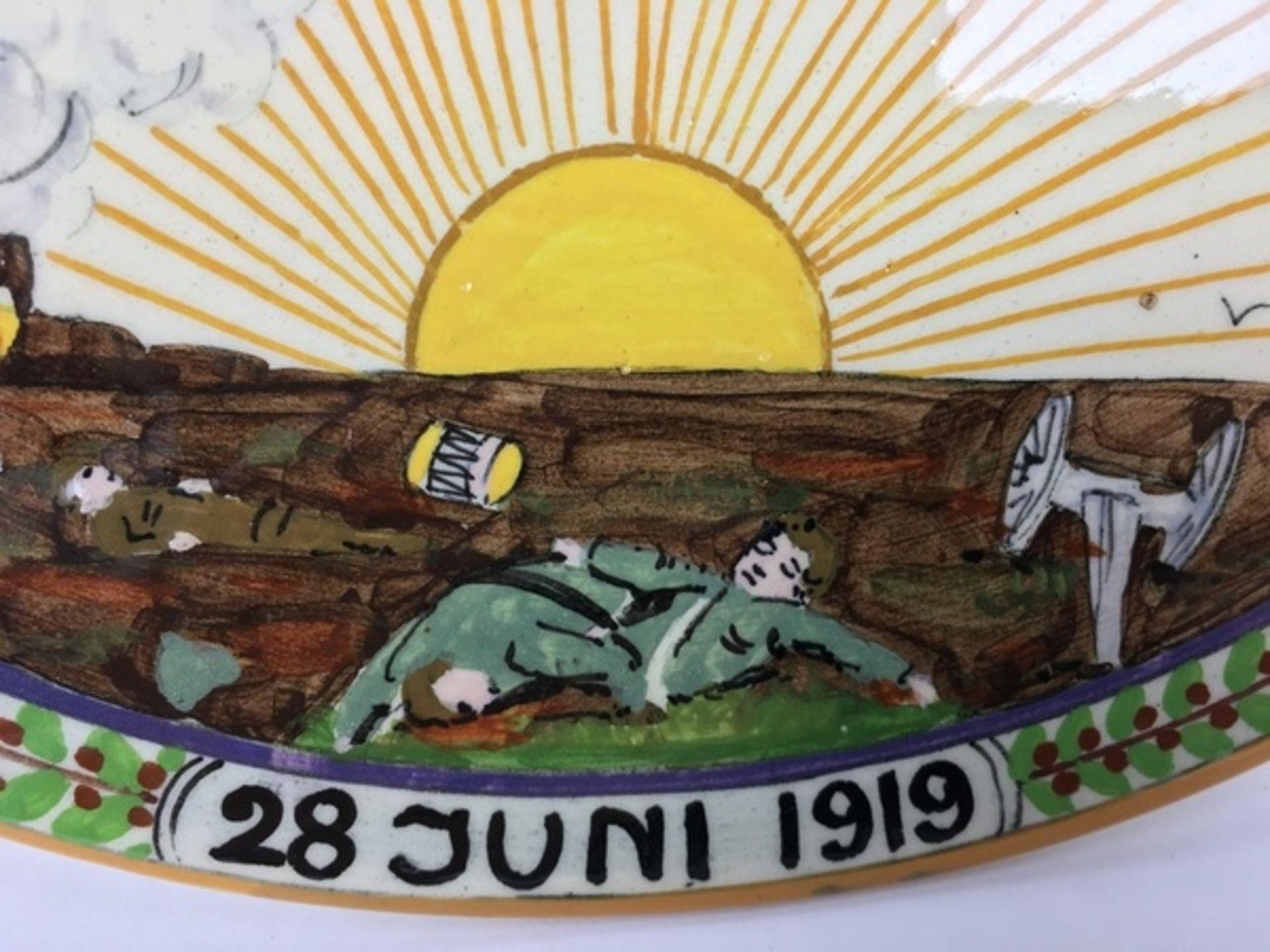 """(Toegpaste kunst) Ivora wandborden """"Vrede""""Twee verschillende Ivora polychroom beschilderde wand - Image 6 of 9"""