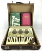 (Muziekinstrumenten) Accordeon GalantiAccordeon Galanti in originele koffer. Italië circa 1960