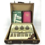 (Muziekinstrumenten) Accordeon GalantiAccordeon Galanti in originele koffer. Italië circa 1960