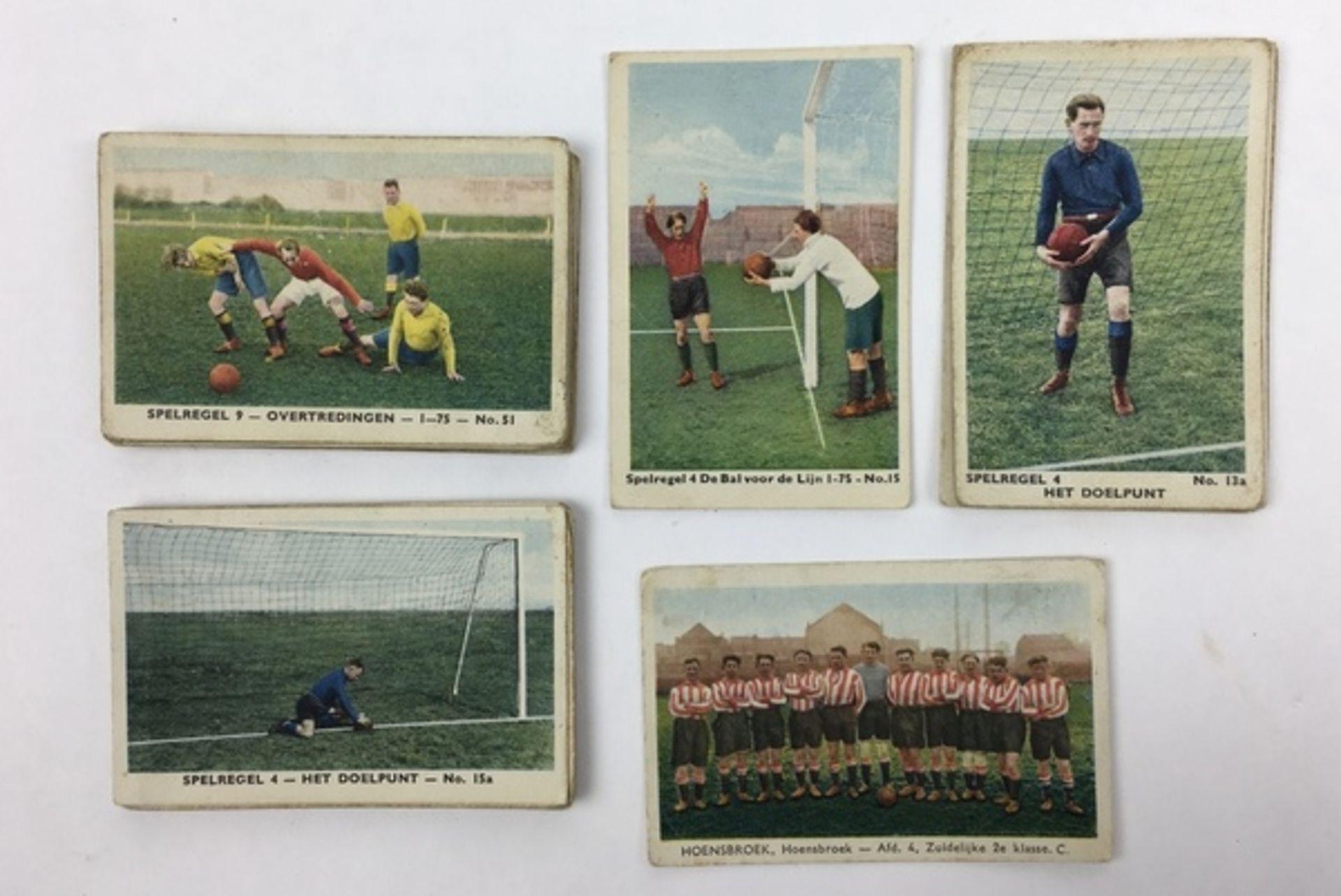 (Curiosa) SportplaatjesDiverse sportplaatjes, voornamelijk voetbal. Conditie: Gebruikssporen. A - Image 3 of 8