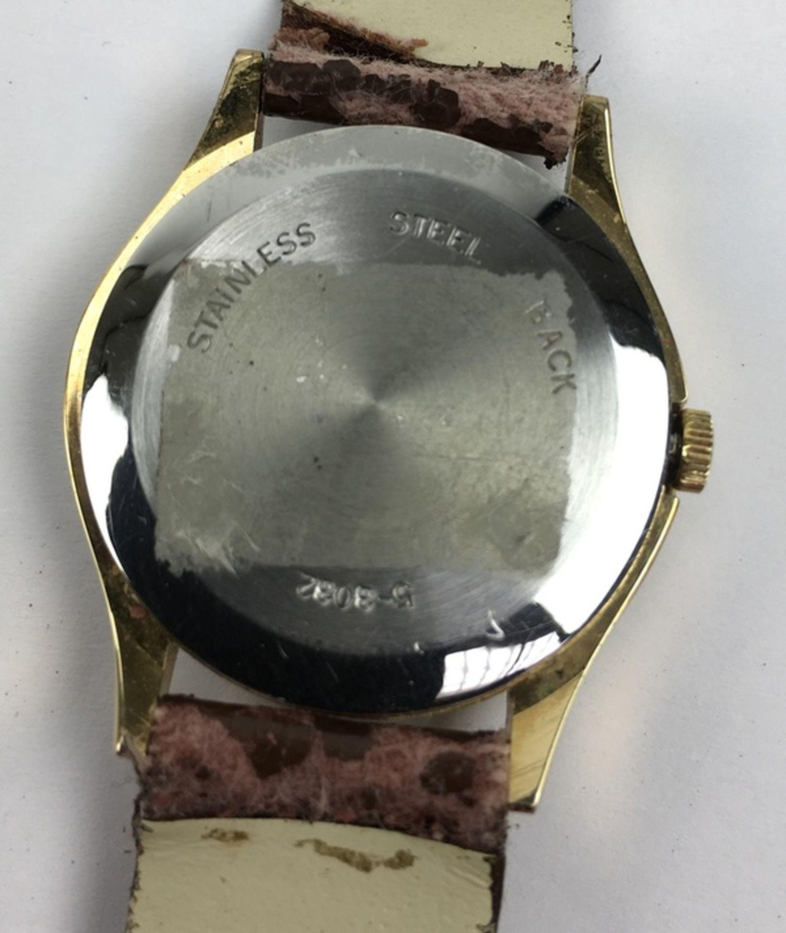(Sieraden) HorlogesDrie verschillende merken horloges. Conditie: Gebruikssporen, niet getest. A - Image 7 of 7