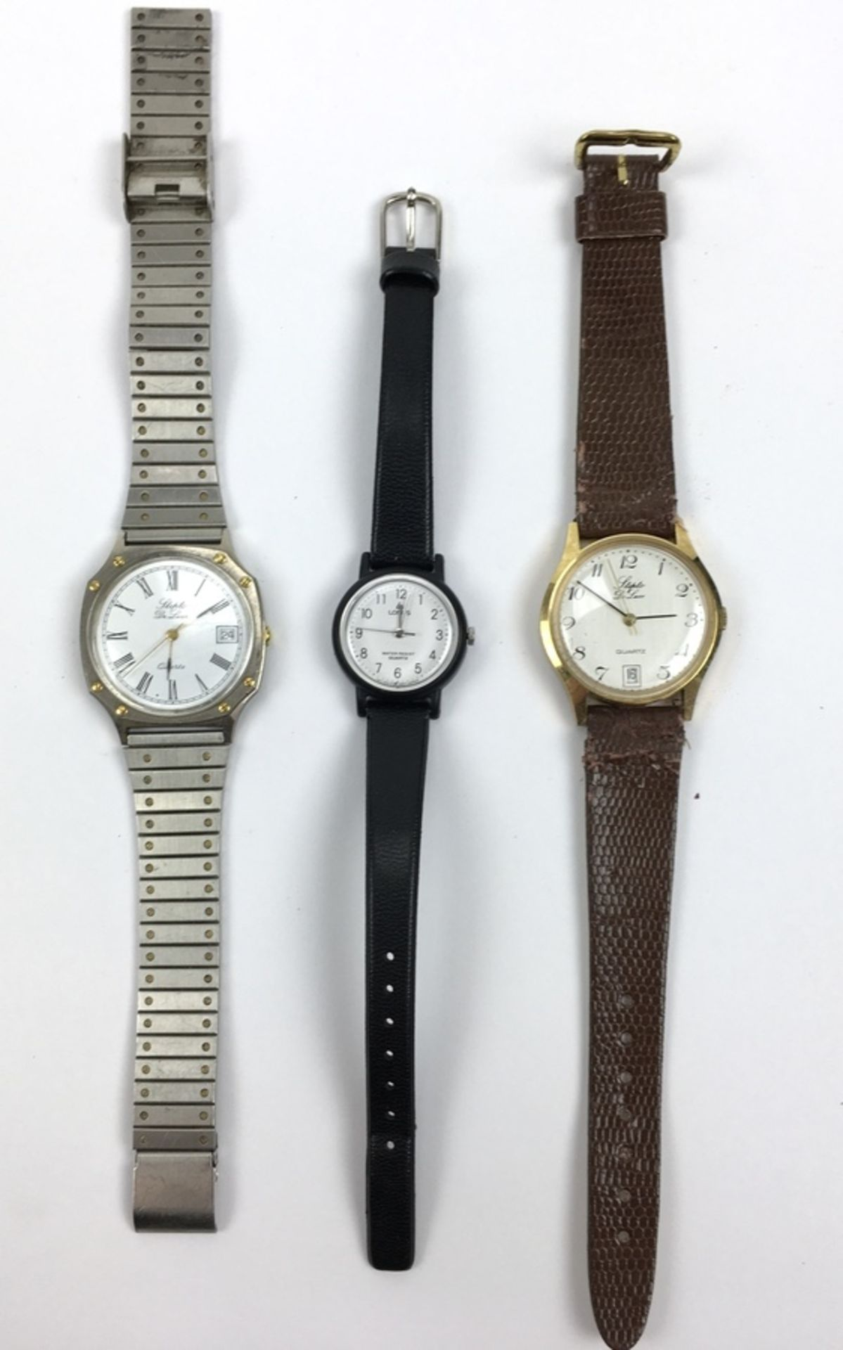 (Sieraden) HorlogesDrie verschillende merken horloges. Conditie: Gebruikssporen, niet getest. A