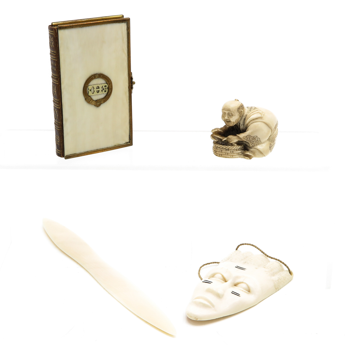 Lot 1093 - A Diverse Collection of Items including Netsuke