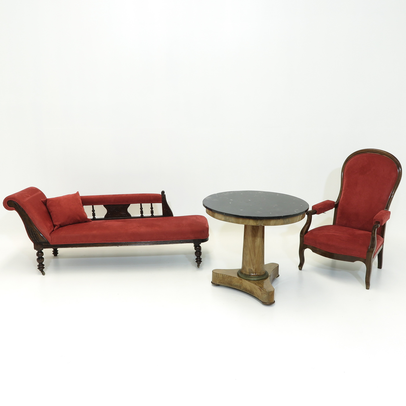 Lot 1017 - A Diverse Collection of Antique Furniture