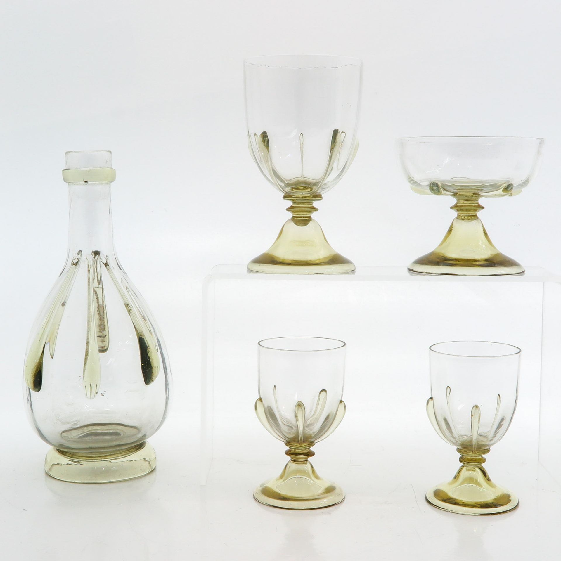 Los 1043 - A Set of Emille Galle Glasses and Decanter