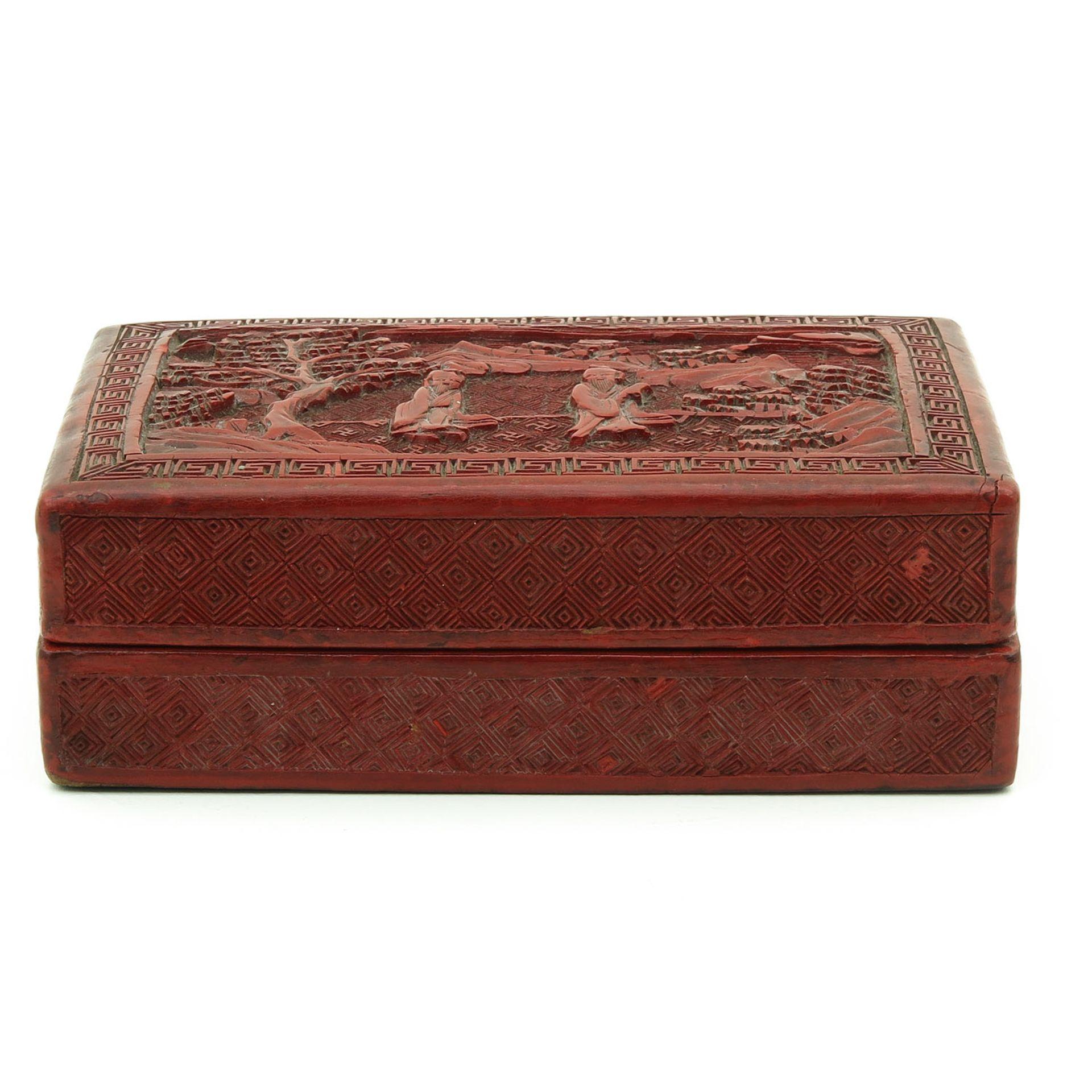 Los 7022 - A Cinnabar Box