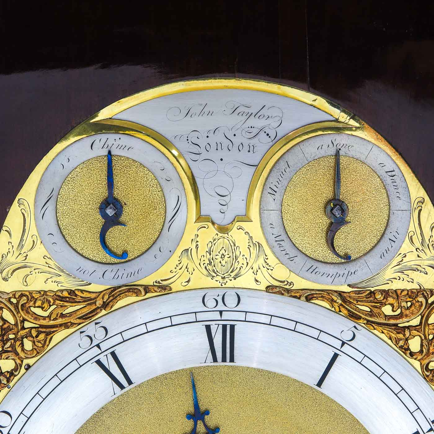 Lot 1000 - An English Table clock
