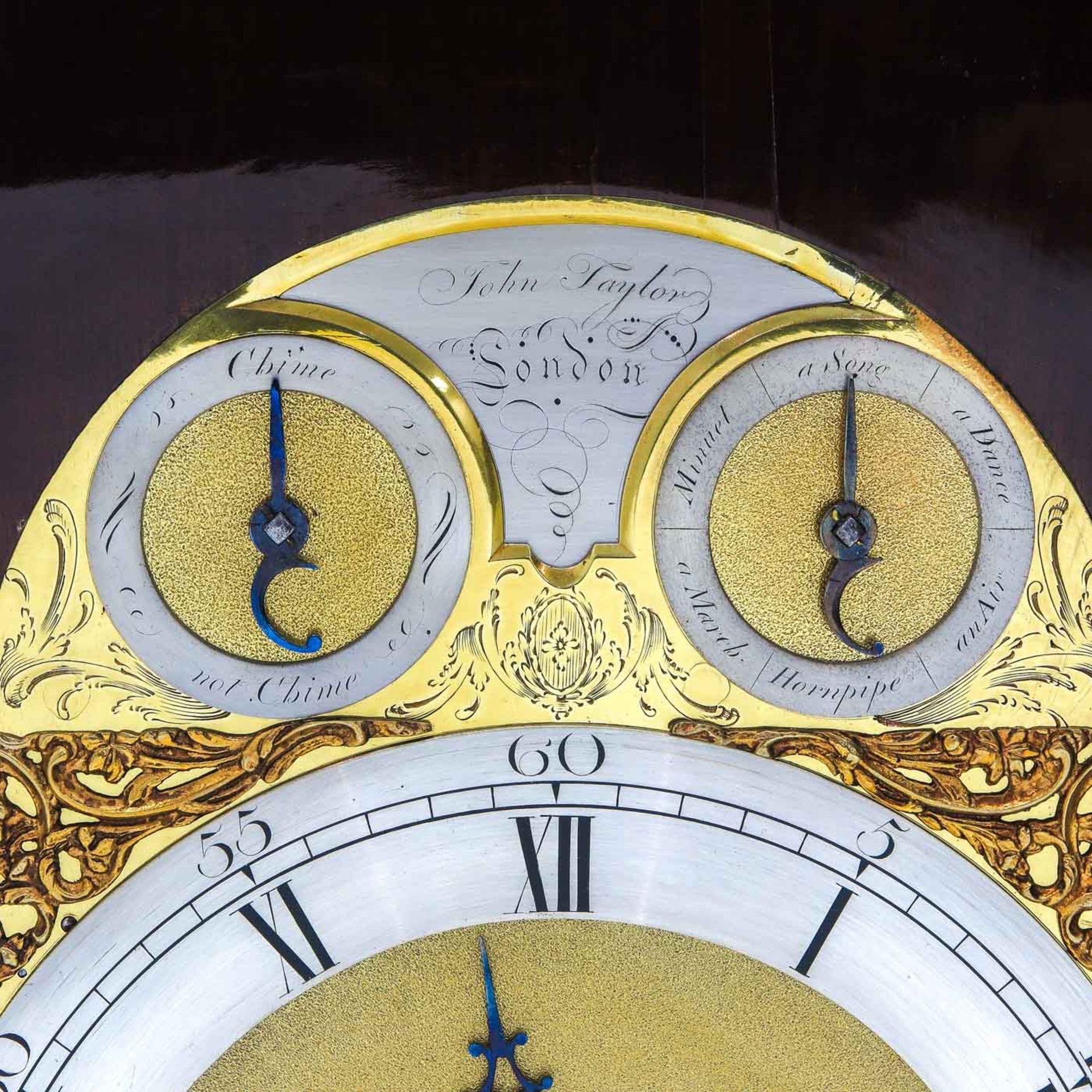 Los 1000 - An English Table clock