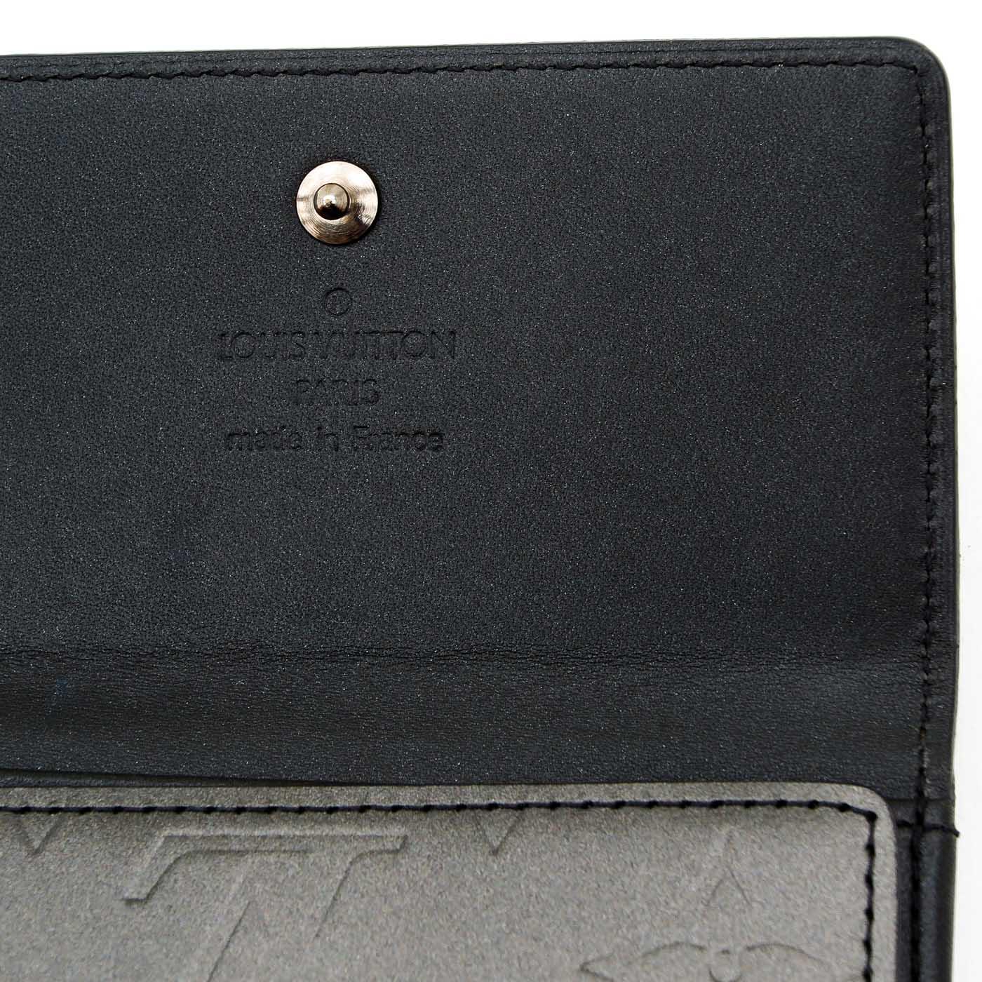 Lot 1269 - A Louis Vuitton Wallet