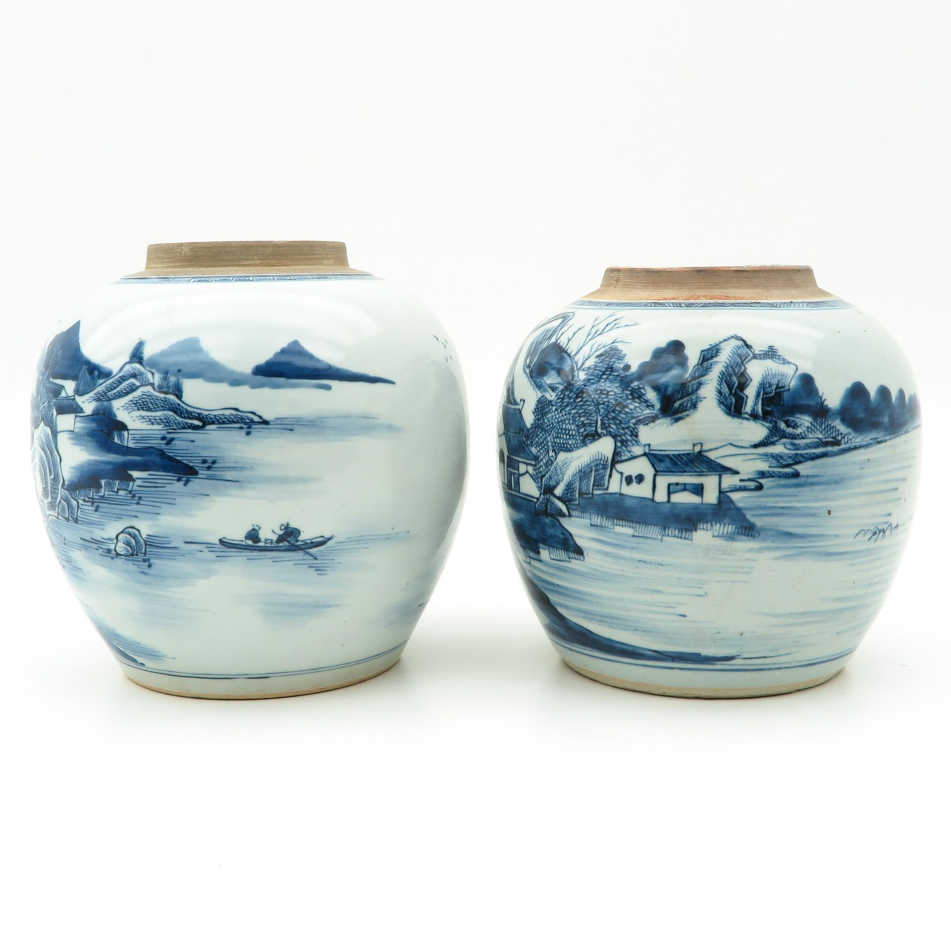 Los 7008 - A Pair of Blue and White Ginger Jars