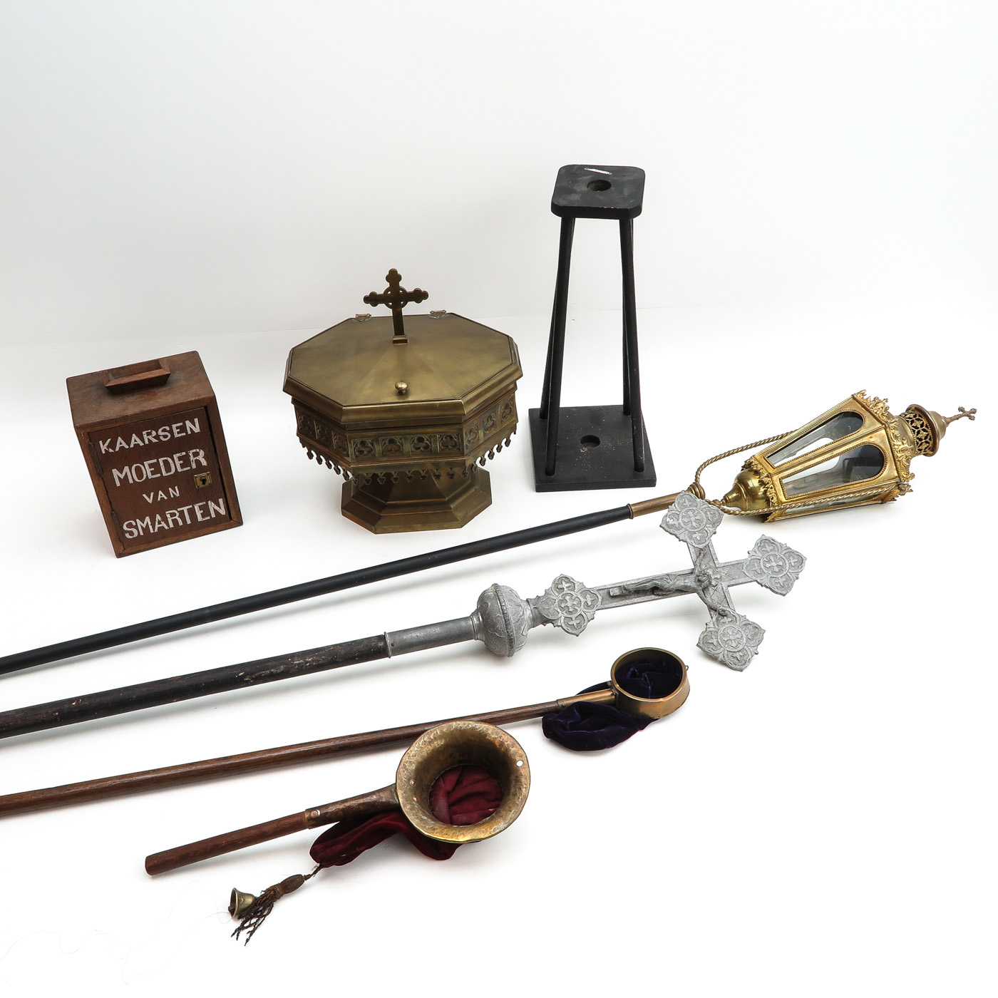 Lot 1401 - A Diverse Collection of Religious Items