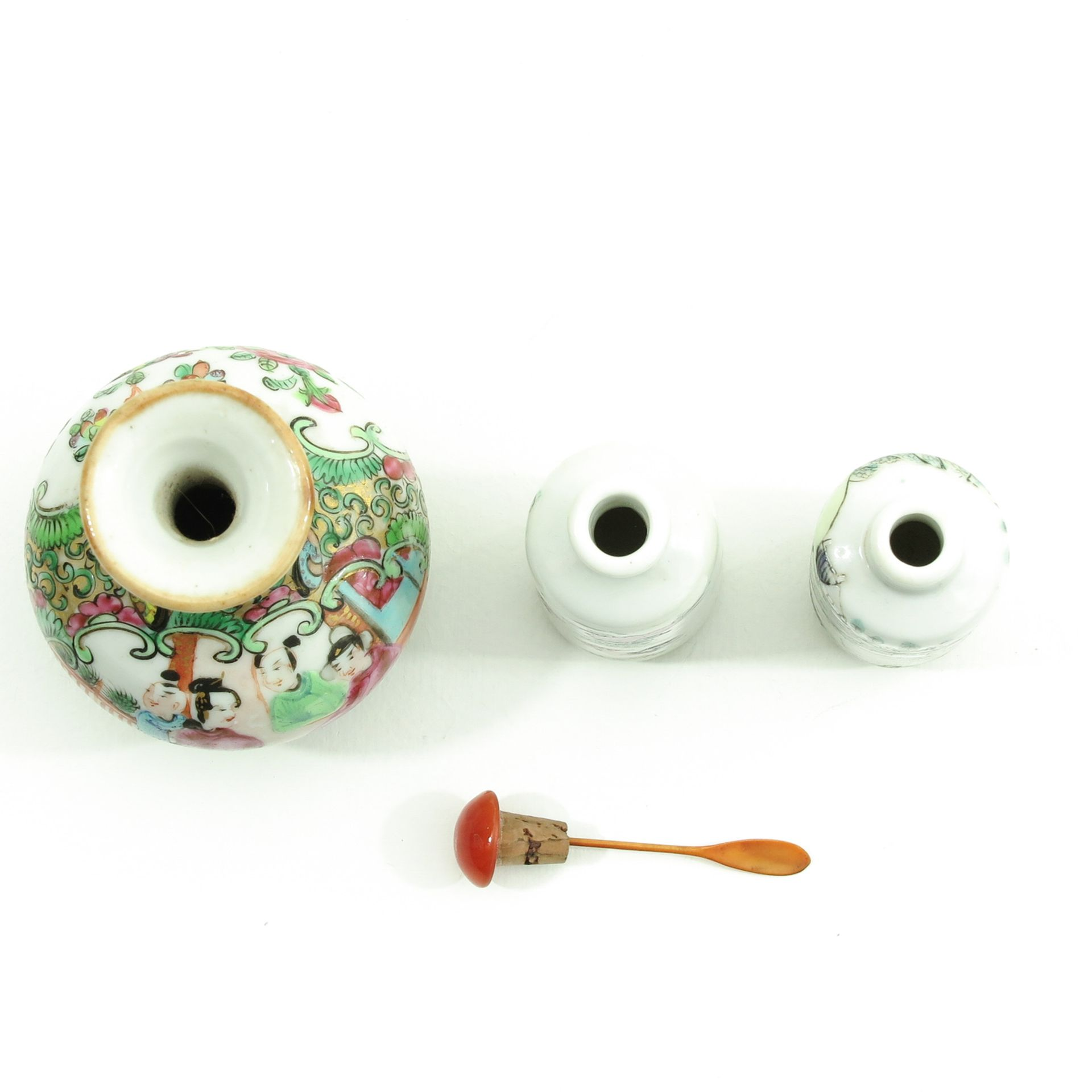 Los 7027 - A Colleciton of Chinese Porcelain