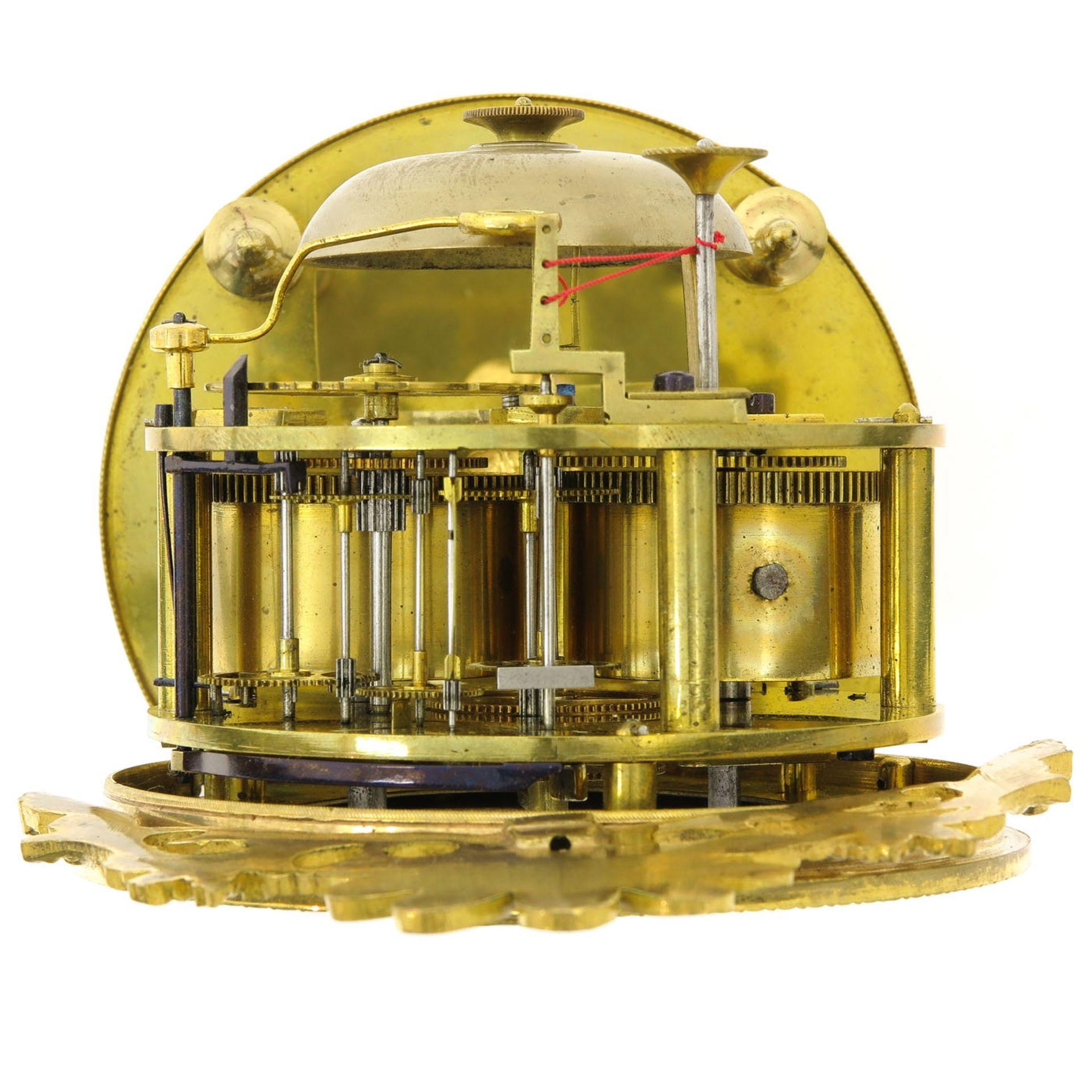 Los 1010 - An Empire Pendulum