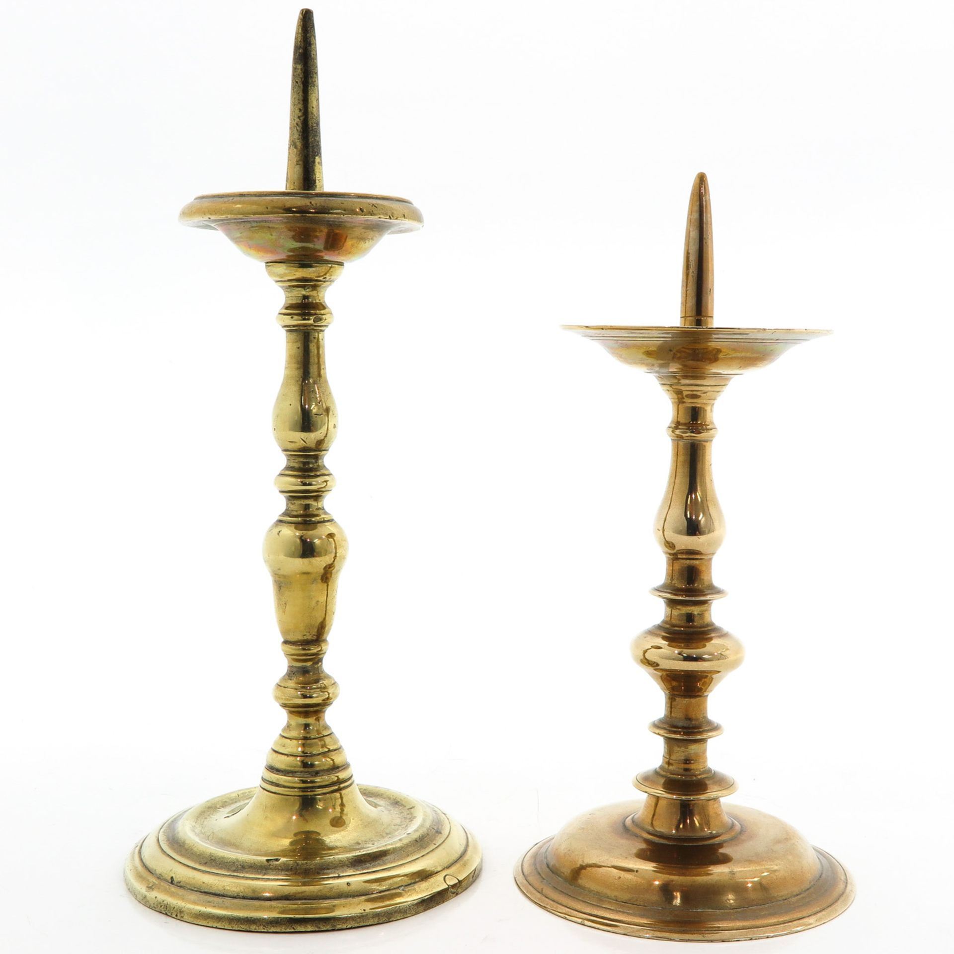 Los 1073 - Two Copper Candlesticks