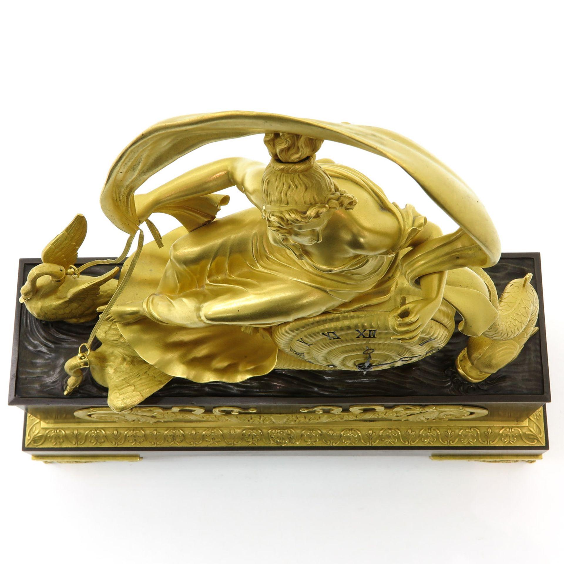 Los 1020 - A Gilded Bronze Empire Pendulum