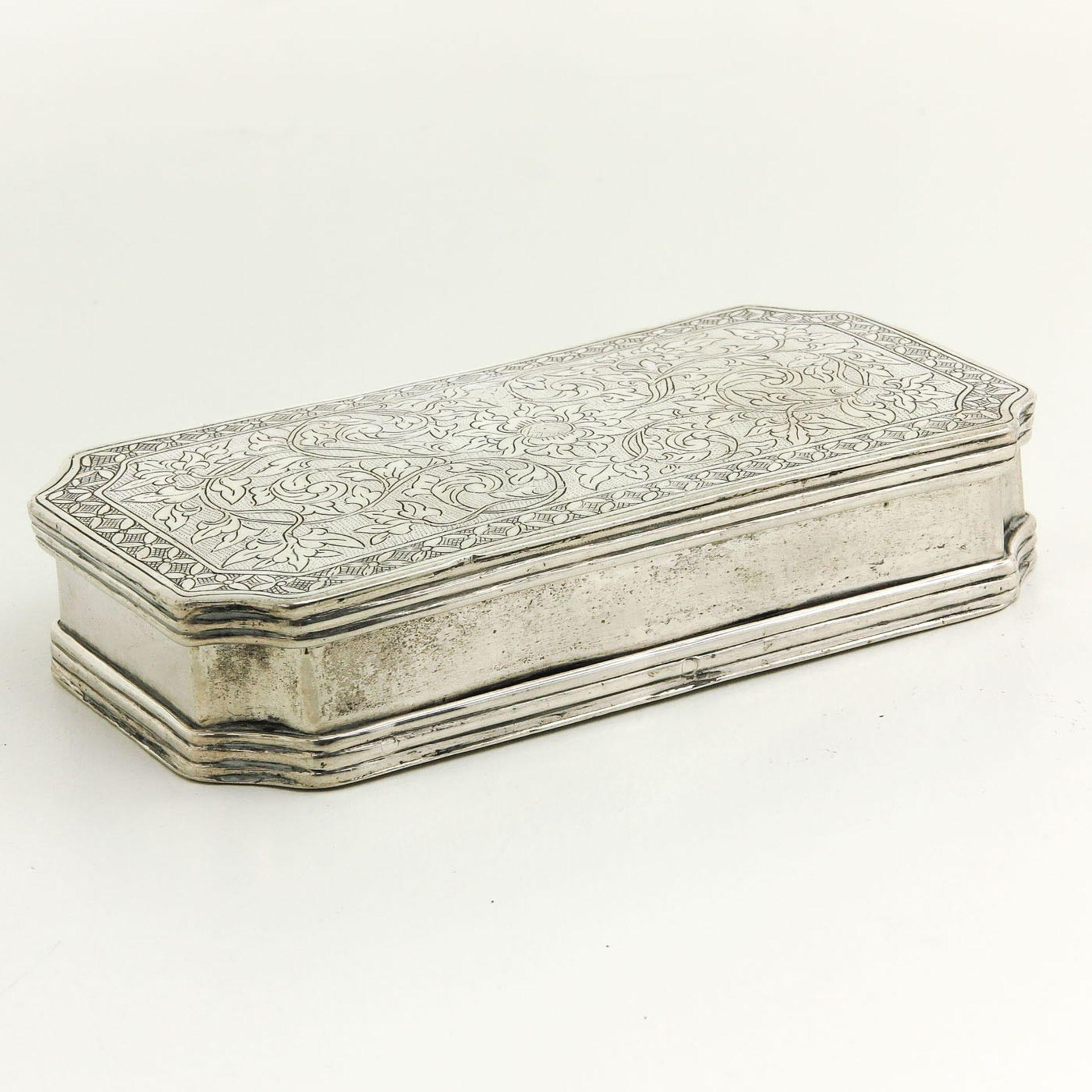 Los 3225 - An 18th Century Snuff Box